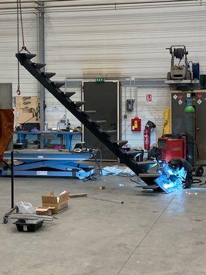 Fabrication sur mesure d'un escalier métallique